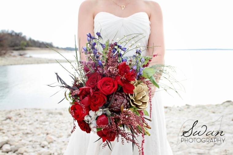 BOHO wedding, Swan Photography, affordable wedding photography, Fort Worth photographer, DFW photographer, Lilium Floral Design, Lake wedding