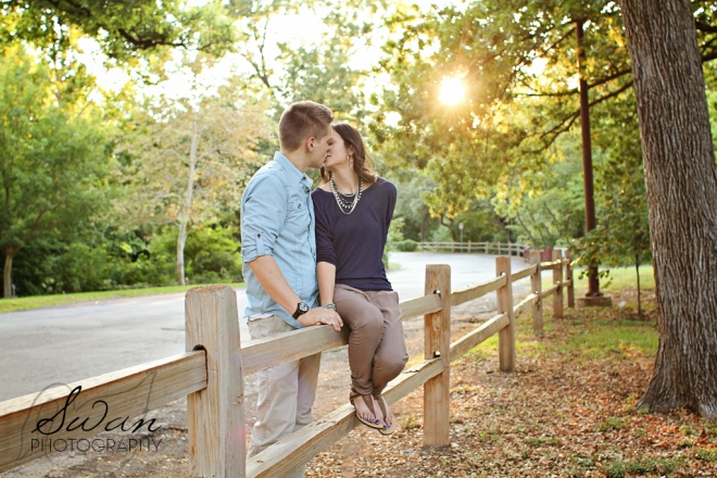 Swan Photography, affordable DFW photographer, DFW wedding photographer, DFW portrait photographer, Engagement session, Engagement photos, Fort Worth Botanic Garden engagement session, FWBG, Fuller Garden engagement session