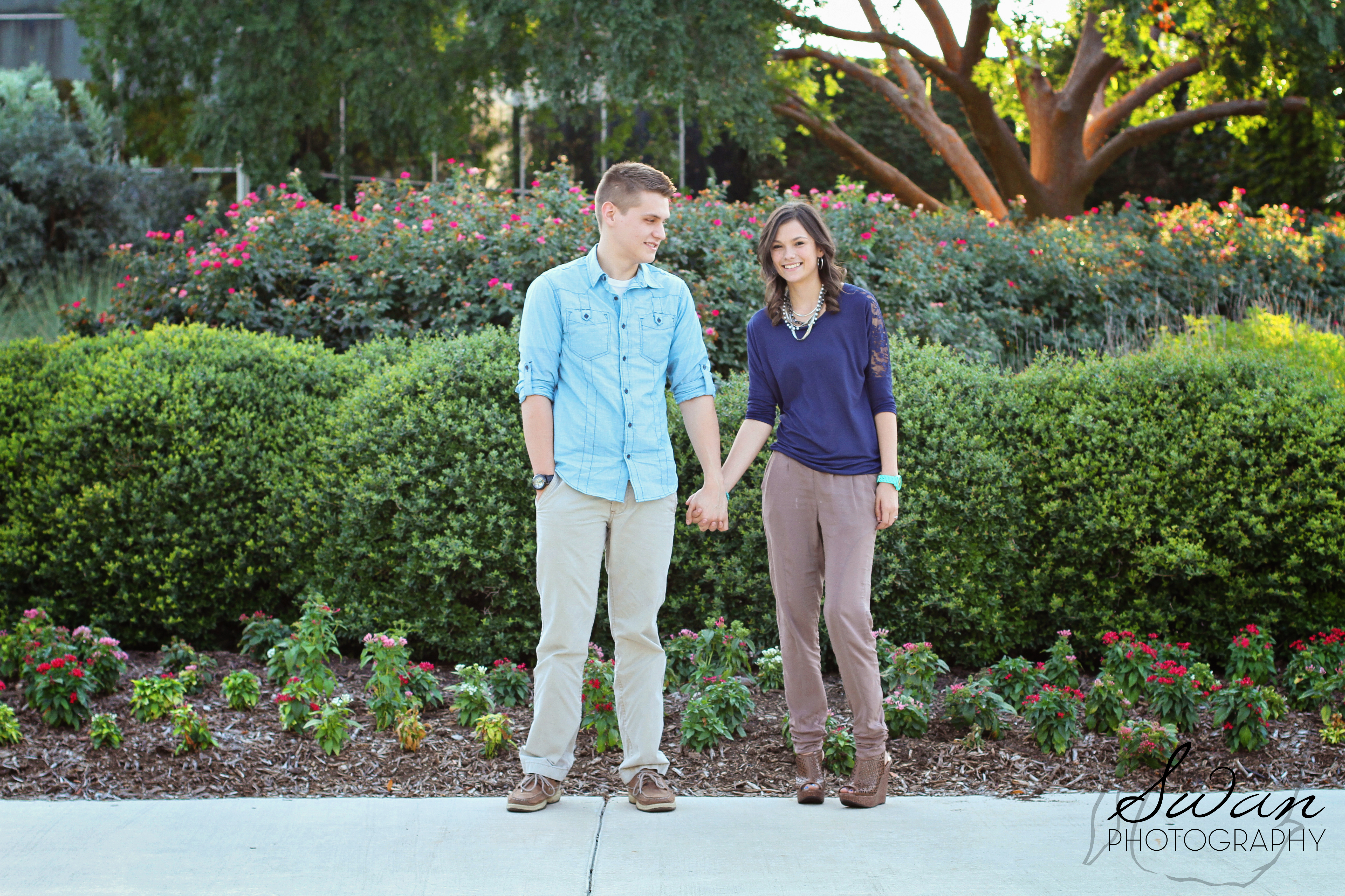 Kyla perrys fort worth botanic garden engagement session for Affordable wedding photography fort worth