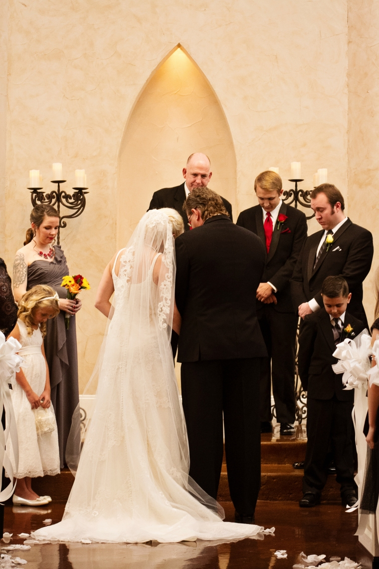 Northeast Wedding Chapel, Hurst wedding, Swan Photography, DFW wedding photographer, affordable photographer, affordable wedding photography, North Texas wedding photographer